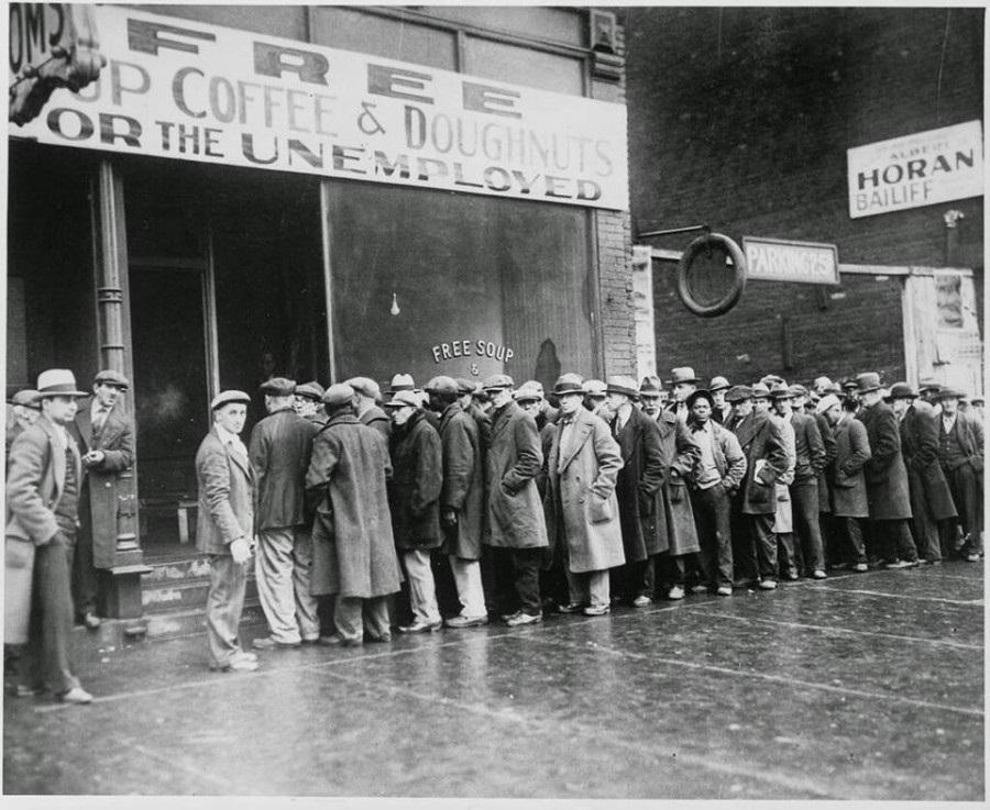Fotografía de la Gran depresión en Estados Unidos que inició con el crack bursátil en 1929 y se prolongaría la década de los 30´s.